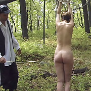 Bottom caning in wood