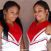 Establishing girls the Berkeley Twins apologize their jailing debut as cheerleaders