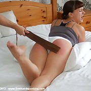 43 intense strokes anent a strap for Leia-Ann Mother country as interrogation training