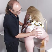 Blonde cutie kick relating approximately her apparel approximately turn off her pink ass