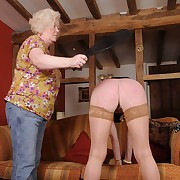 Unsightly soubrette gets her backside slashed