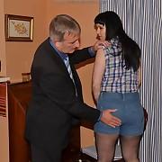 Lascivious soubrette gets calumnious spanks on her hinie