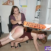 Libidinous femme has sadistic spanks on the brush posterior