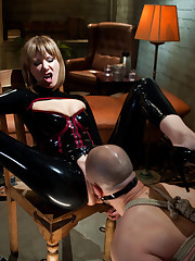 Sexy slut in latex fucked man's ass hole.
