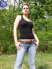Mistress in jeans