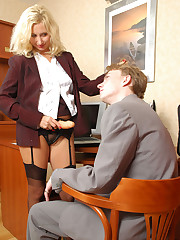 strapon lady fucking a gent