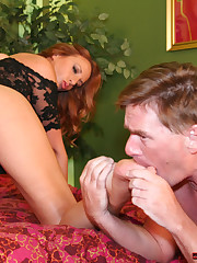 Good facesitting and feet licking