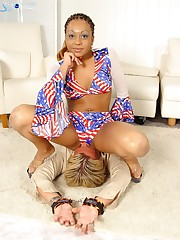 Young ebony cuffed her lover and sat on his face