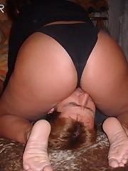 Big bootie on the face of a perverted male sub