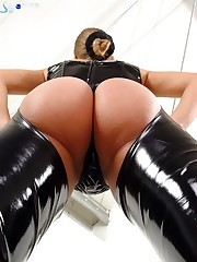 Latex clothes and big ass for a crazy smothering slave