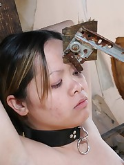 Mistress tied her female slave and punished her