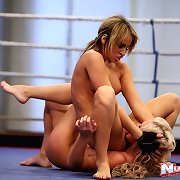 Russian babe fighting with her lesbo girlfriend