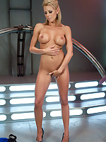 Jaw dropping morose blond girl out fucked by machines - she cums fast coupled with hard, oils here her own ass while getting nailed coupled with..