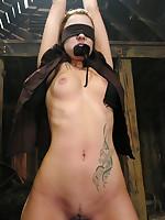 Slavegirl endures tit bondage, forced oral