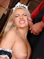 Blond slut Britney Spring acquires the brush pussy and exasperation screwed