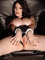 Breasty beauty Anna Make public fastened up and restrained in excess of a rack