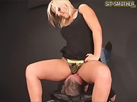 Cracking blonde girl smothers BF