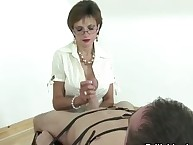 Mature Gill Ellis young hand gig cumshot