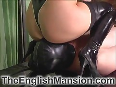 Young slutty domme practicing facesitting with slave