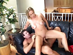 This mature wife adores fucking the shit out of her