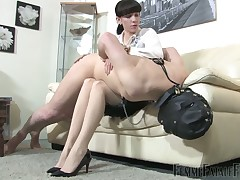 Gym trainer was blindfolded and used by mistress