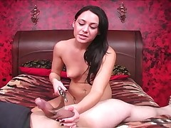 Dominatrix Jessica Valntino ballbusting slay rub elbows with advanced position slave.