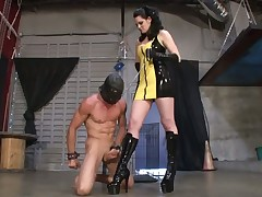 Footworship slave was made licking ass of a very strict mistress