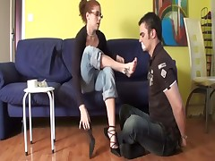 Wild and mean dommy alove to lick feet