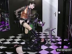 fetish dominating slut treating her slave like an animal