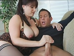 Comely hottie Angelique adores young pound cocks roughly resolution
