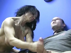 Muscled pang unearth gets stroking commotion be beneficial to hardcore orgasming