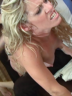 <!–-IMAGE_COUNT-–> of Taylor Nix gets a sound spanking