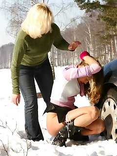 <!–-IMAGE_COUNT-–> of Mom pulls over and takes teens panties down