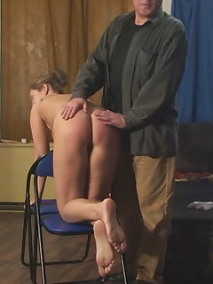 <!–-IMAGE_COUNT-–> of Anita`s Doggy Spanking