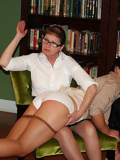 <!–-IMAGE_COUNT-–> of Eve spanks Cheyenne Jewel