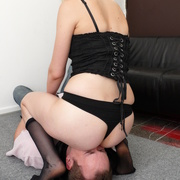 Blondey mistress with bare round ass