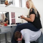 Chick sat on slave