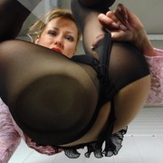 Black pantyhose facesitting