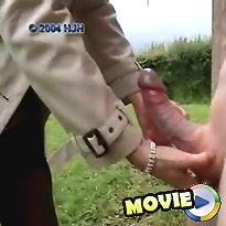 CFNM outdoor handjob and hand fuck