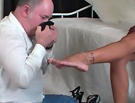 Footboy worshipping her nylons