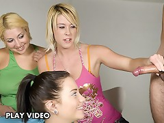 Here we have Brandi showing her buddies the in and outs of a good tugjob