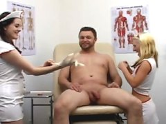 A lucky patient gets jerked off by his female doctors