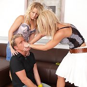 Two blondey chick\'s smothered guy