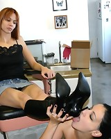 Slavegirl cleaned boots