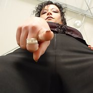 Worm! Worship my big ass!